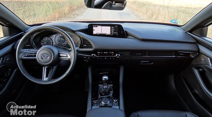 Prueba Mazda3 salpicadero