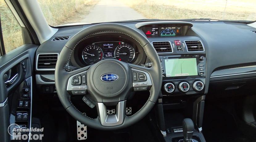 Puesto conducción Subaru Forester