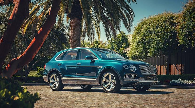 Bentley Bentayga Hybrid perfil