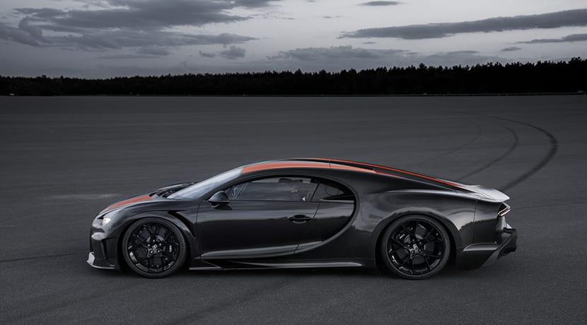 Bugatti Chiron récord 300 mph