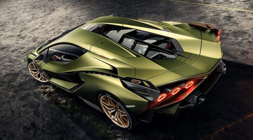 Aperturas móviles de refrigeración del motor del Lamborghini Sian