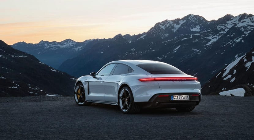 Luces traseras del Porsche Taycan