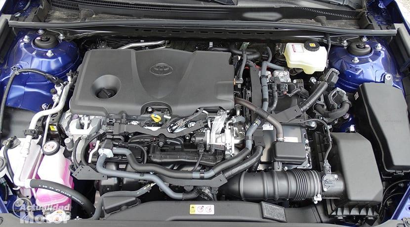 Prueba Toyota Camry motor
