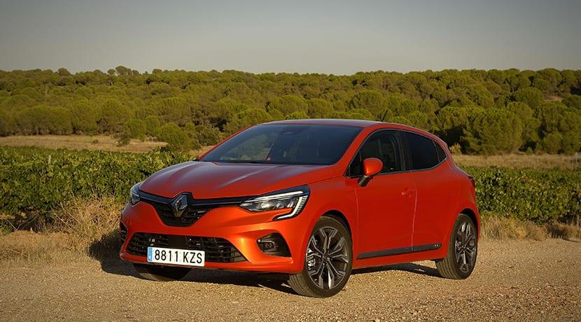 Renault Clio perfil