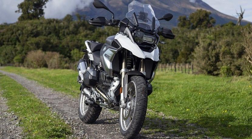 Tipos de motos: Maxi-trail
