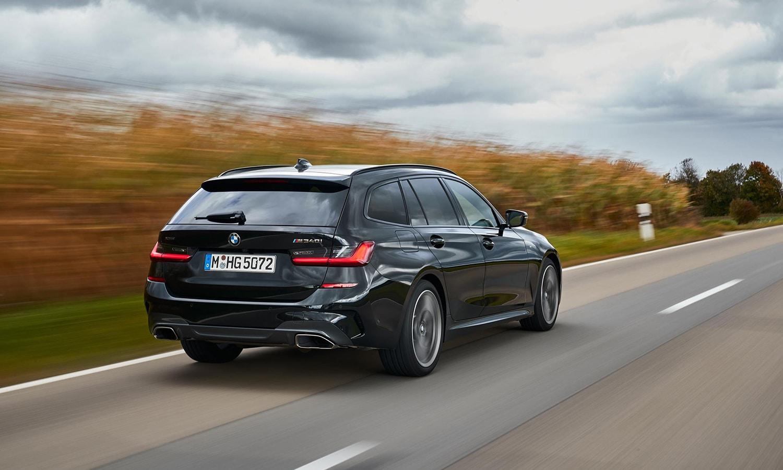 BMW Serie 3 M340i xDrive Touring dinámica trasera