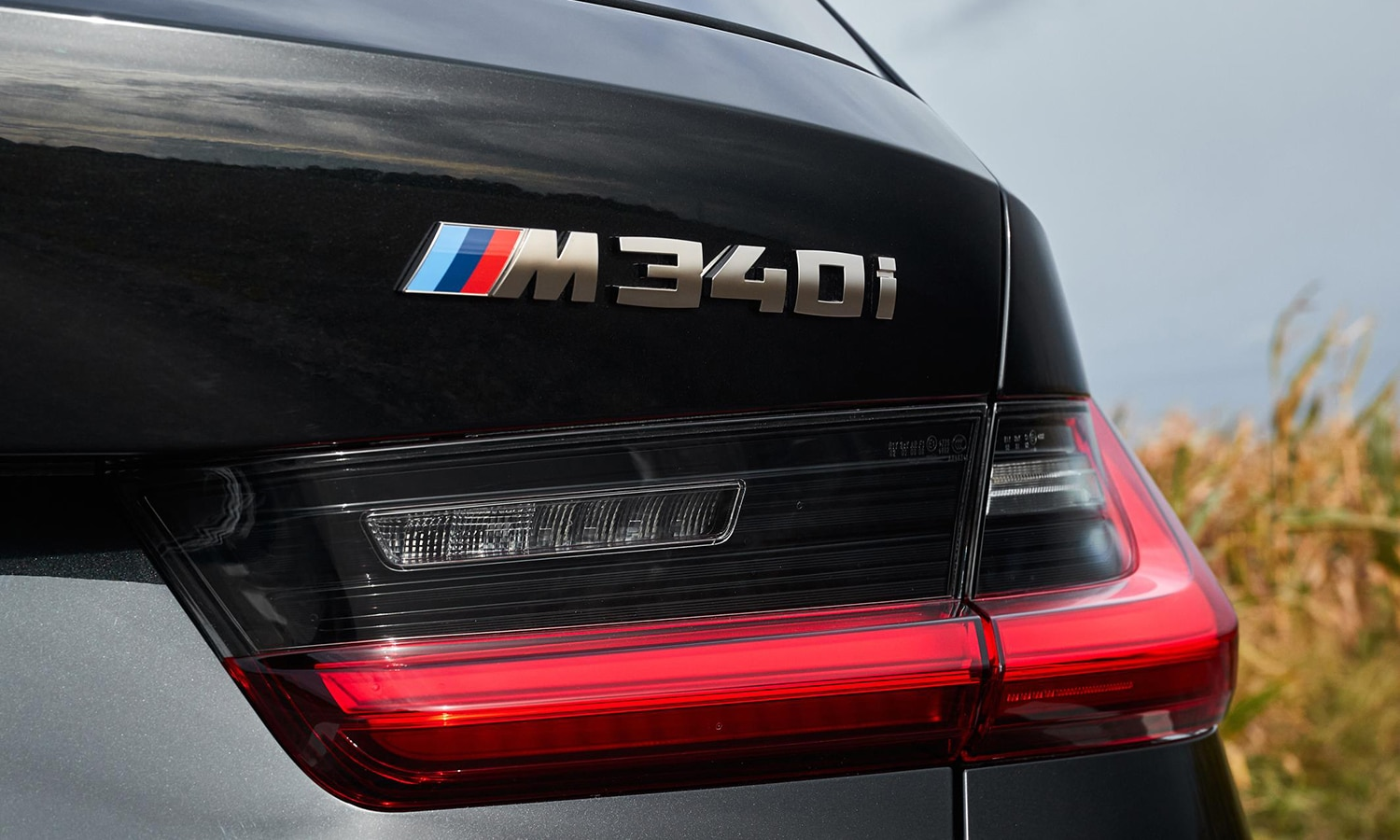 BMW Serie 3 M340i xDrive Touring inscripción