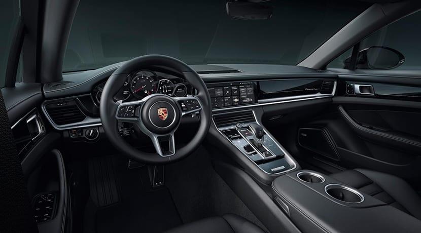 Porsche Panamera 10 Years Edition interior