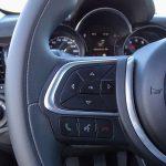 Prueba Fiat 500X Cross mandos volante