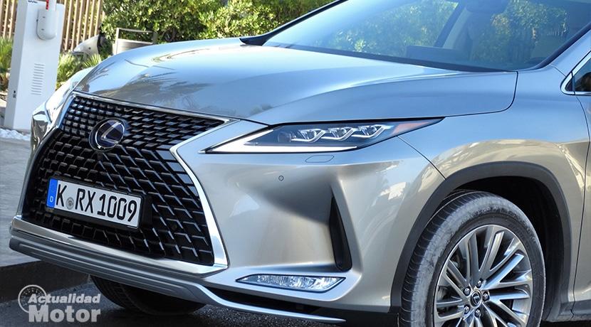 Lexus RX detalle parrilla