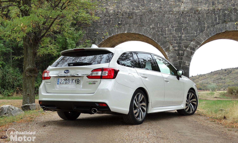 Prueba Subaru Levorg perfil trasero