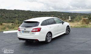 Subaru Levorg Executive Plus perfil trasero derecho