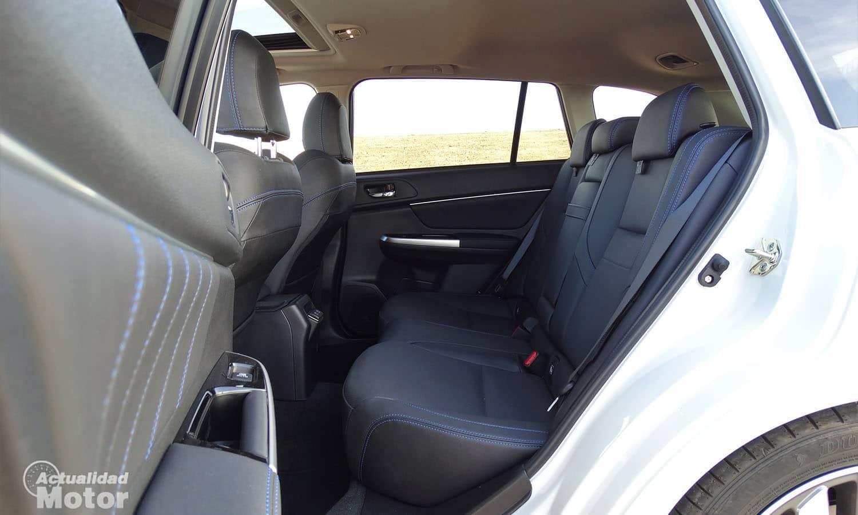 Prueba Subaru Levorg espacio en las plazas traseras