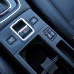 Prueba Subaru Levorg botones centrales