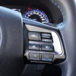 Subaru Levorg mandos volante