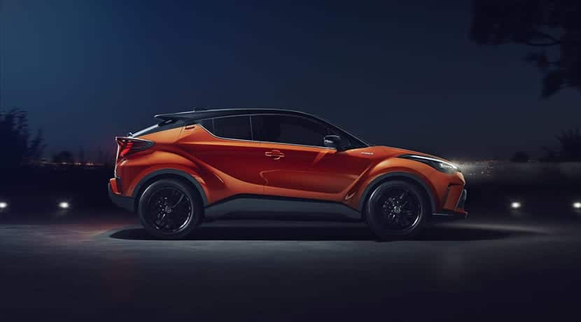 Toyota C-HR 184 CV lateral