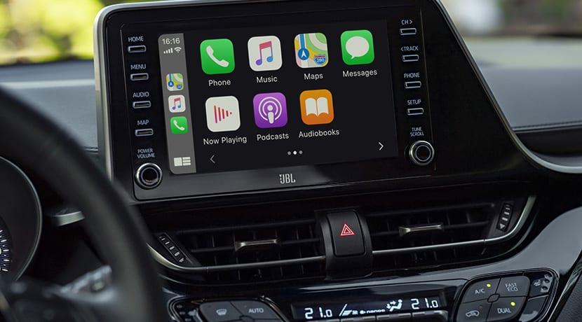 Toyota C-HR 184 CV pantalla