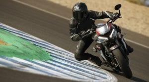 Triumph Street Triple RS 2020 moto circuito