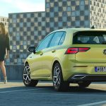 Volkswagen Golf mkviii trasera