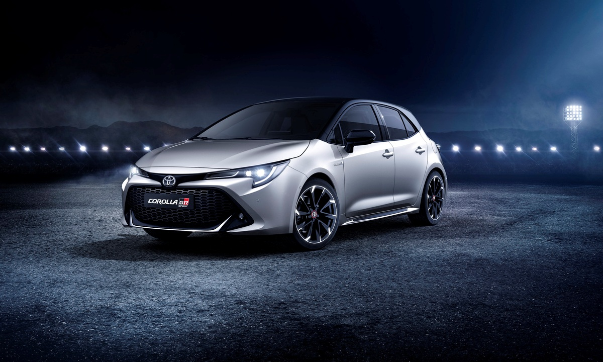 Toyota Corolla GR-SPORT 2019 front