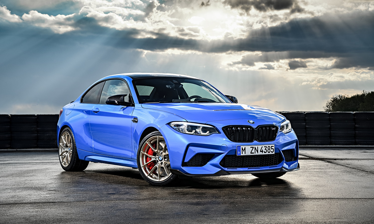 BMW M2 CS perfil