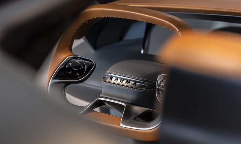 El volante es propio de un concept, pero sería raro verlo en una unidad de calle