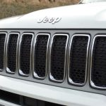 Parrilla frontal Jeep