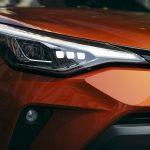 Prueba Toyota C-HR faro delantero LED