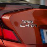 Prueba Toyota C-HR detalle piloto trasero