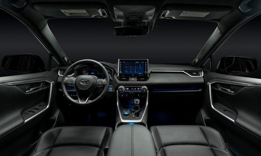 Interior del Toyota RAV4 Prime PHEV