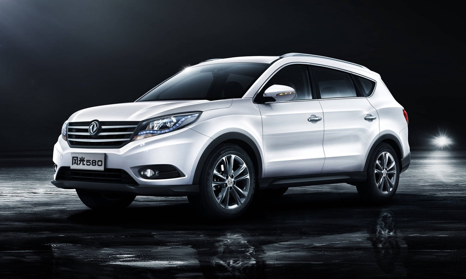 Dongfeng DFSK 580 Glory