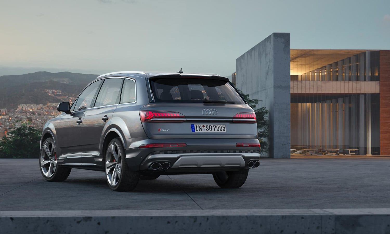Audi SQ7 trasera