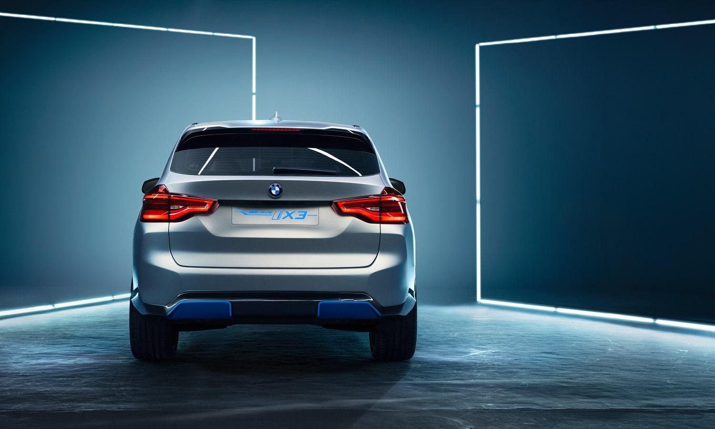 Trasera del BMW iX3 Concept