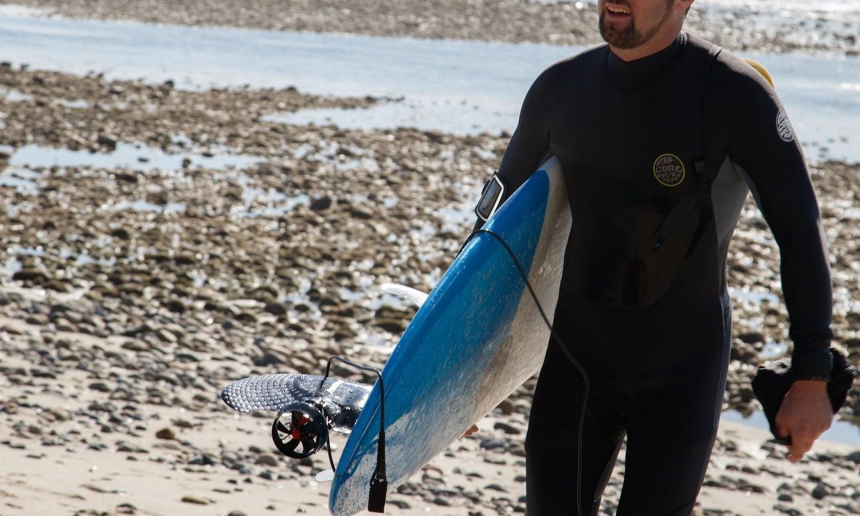 Tabla de surf eléctrica ligera