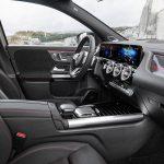 Mercedes GLA 2020 asientos delanteros