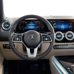 Mercedes-Benz GLA 2020 puesto conducción