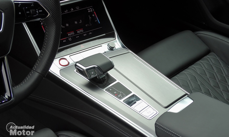 Audi S7 Sportback TDI cambio Tiptronic y consola central
