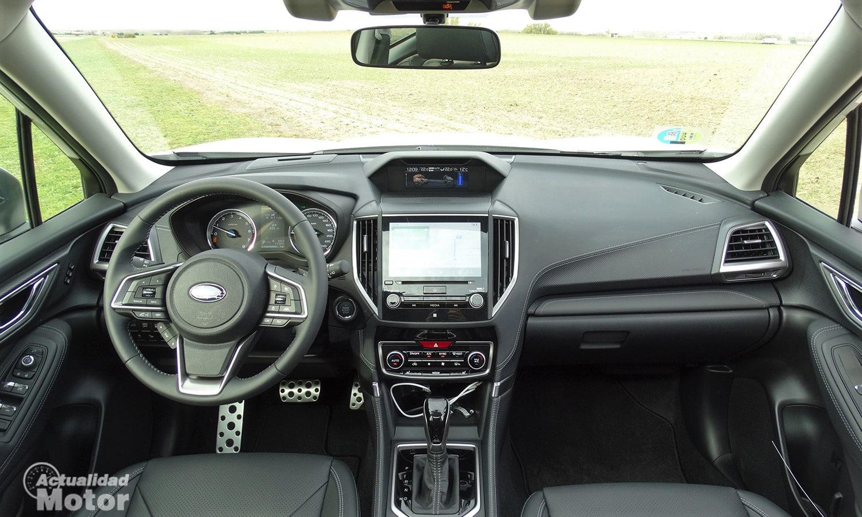 Prueba Subaru Forester Eco Hybrid interior