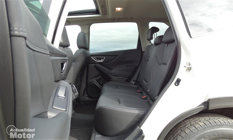 Prueba Subaru Forester Eco Hybrid plazas traseras