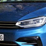 Volkswagen Touran detalle faro delantero