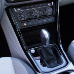 Prueba Volkswagen Touran consola central
