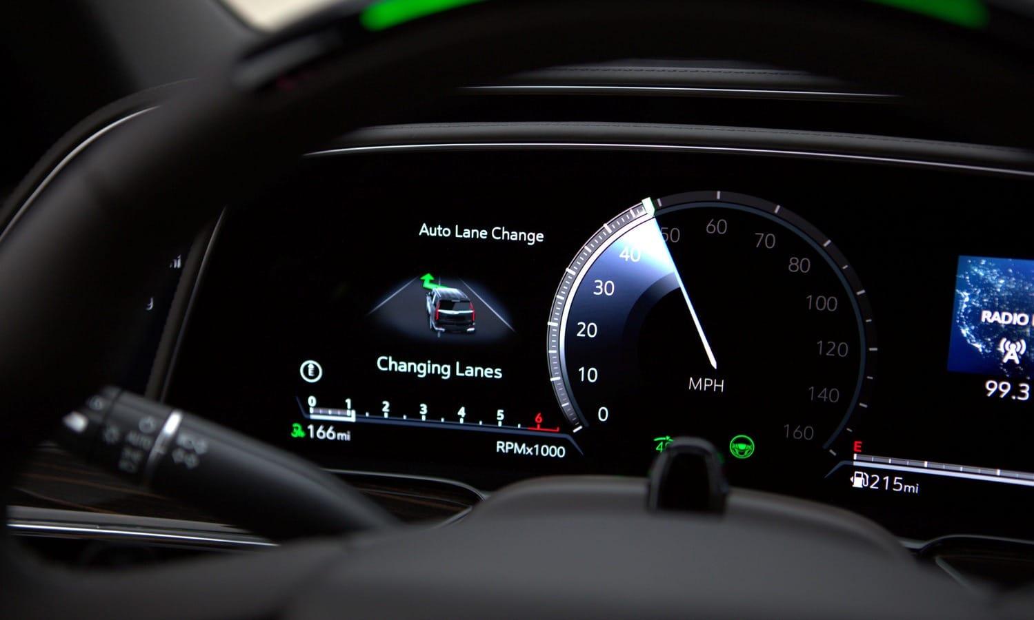 Cadillac Escalade 2020 teaser Super Cruise Lane Change