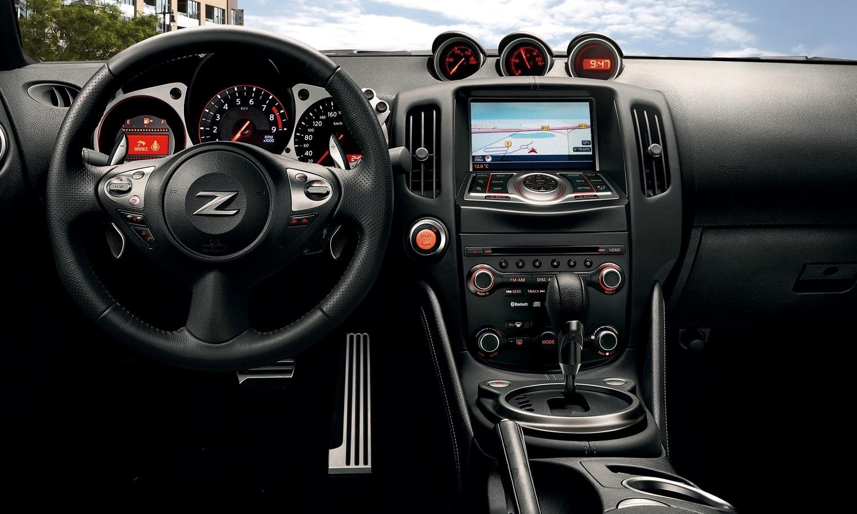 Nissan 370Z inside