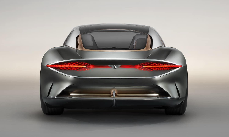 Trasera del Bentley eléctrico