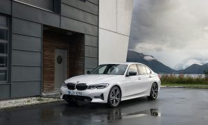 BMW Serie 3 delantera