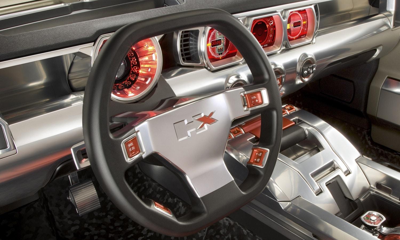 Hummer lanzará cuatro vehículos eléctricos