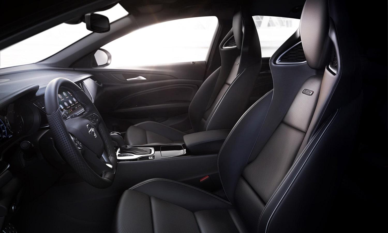Interior del Opel Insignia GSi