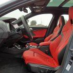 Asientos delanteros deportivos en rojo BMW Serie 1