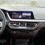 Consola central del BMW Serie 1 y pantalla de 10,25 pulgadas