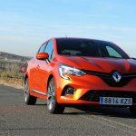 Perfil delantero del Renault Clio TCe 100 CV